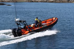 twin-150-seapro-fourstroke_img_7038.jpg__1000x750_q85_autocrop_size_canvas_subsampling-2_upscale